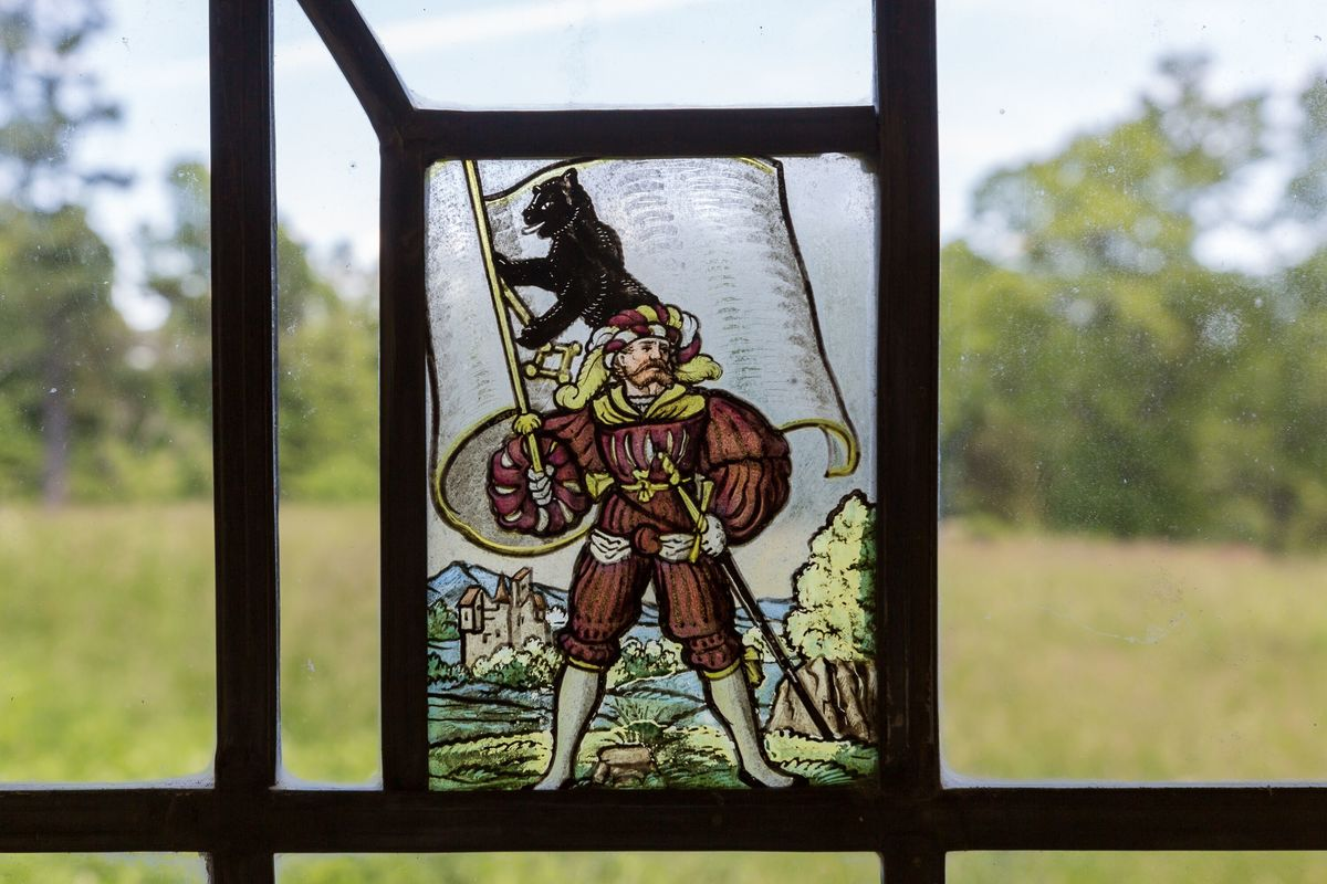 circus house window crest abandoned house story