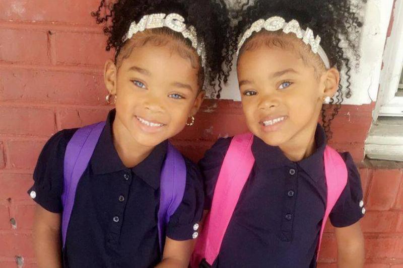 trueblue-twins-11-48519