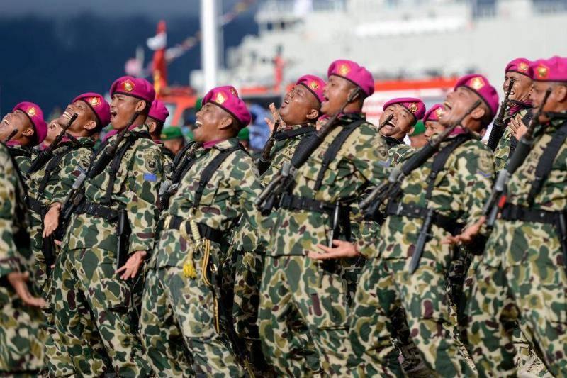 militar25