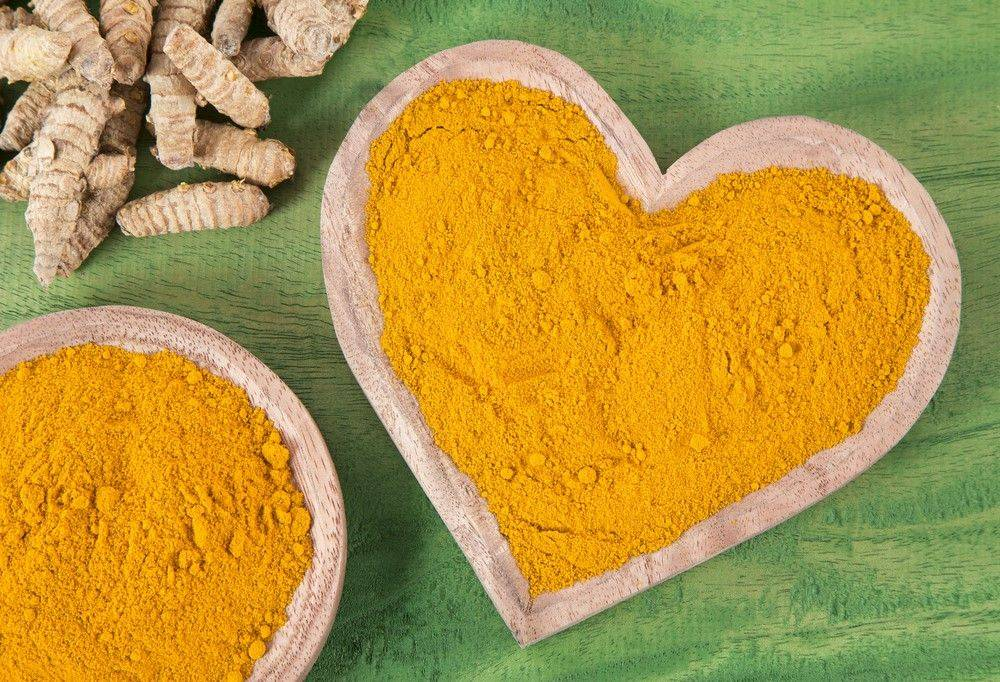 Turmeric-in-a-heart-shaped-bowl-91652