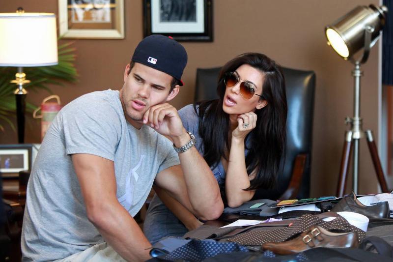 Celebrity Sightings In Los Angeles - June 15, 2011